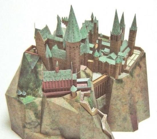 Hogwarts-Castle0003-550x486