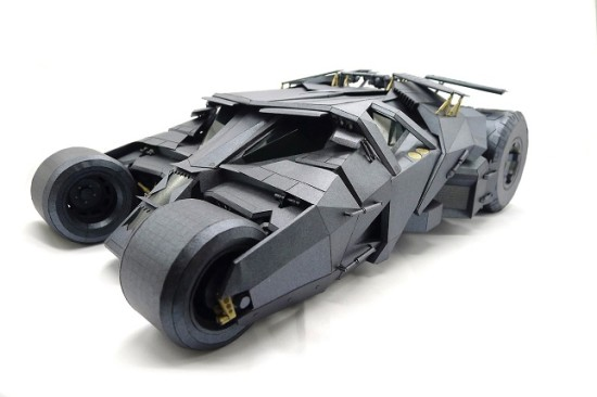 batman-tumbler-papercraft-550x366
